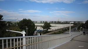 国道134号にかかる歩道橋
